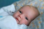Режим питания ребенка в 1 месяц