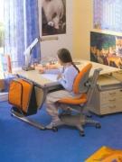 Как оформить рабочее место для детей разного возраста
