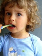 Как бороться с детским кариесом