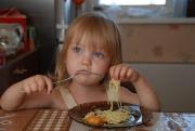 Почему ребенок отказвается есть?