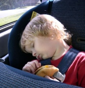 Малыш в автомобиле