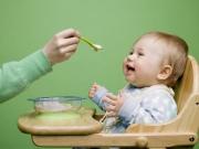 Из какой посуды кормить детей