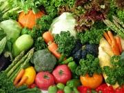 Как научить малыша есть овощи