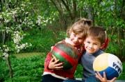 Как научить детей быть дружными