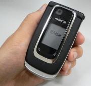 В каком возрасте можно дать ребенку мобильный телефон