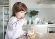 Как приучить ребенка есть только на кухне