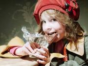 Как отучить ребенка от сладостей