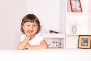 Как приучить ребенка убираться в комнате