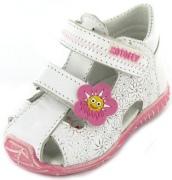 Как выбрать обувь годовалому ребенку