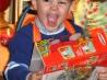 Дорогие подарки детям: «за» и «против»